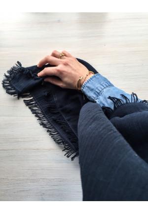 Blødt halstørklæde i 100% bomuld i god kvalitet og smukt design