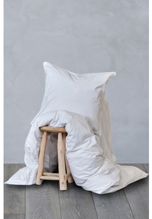 Hvidt sengetøj 140x200cm. af naturmaterialer i økologisk bomuld fra VIIL