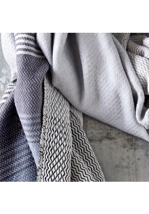 Bomuldstørklæde i en flot og lækker kvalitet