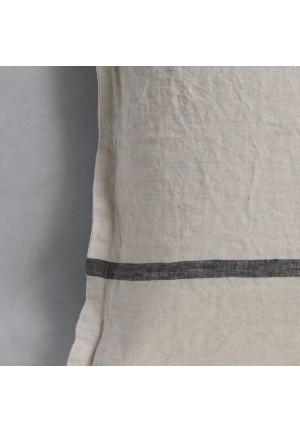 Pudebetræk i lys grå 60x60cm.