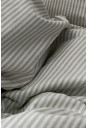 Beige og hvid stribet sengesæt i økologisk bomuld, bæredygtigt og skabt til velvære - fra VIIL