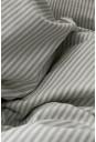 Beige og hvidstribet sengesæt i økologisk bomuld, bæredygtigt og skabt til velvære - fra VIIL