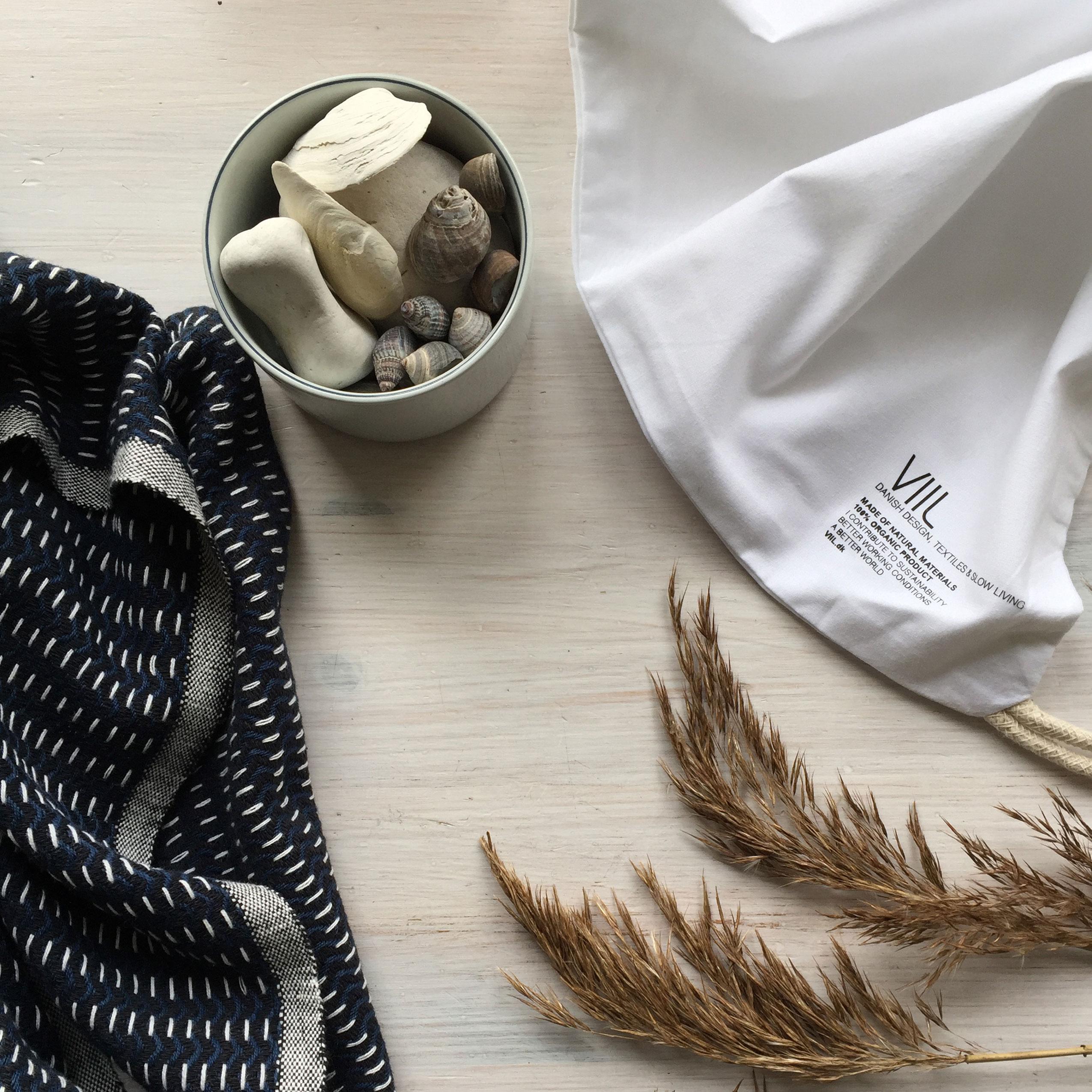 Boligtilbehoer, tekstiler og dansk design fra VIIL